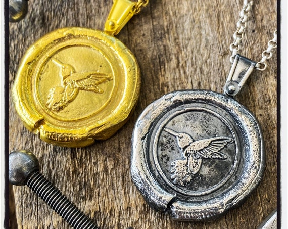 Hummingbird Wax Stamp Pendant Bird Wax Seal Necklace Bird Seal Pendant Hummingbird Wax Seal Wax Seal Stamp Bird Necklace Raven Necklace Seal