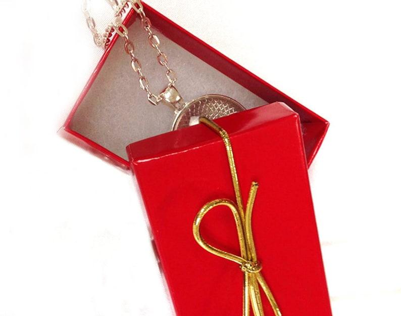 ANTIQUE CAMERA LENS Pendant Black White Gray Camera Necklace Photographer Gift Wedding Photographer Camera Pendant Not an Actual Lens