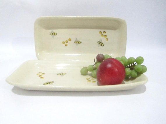 & Serving Plate Cake Plate Flat Dish Bee Plate. Bee