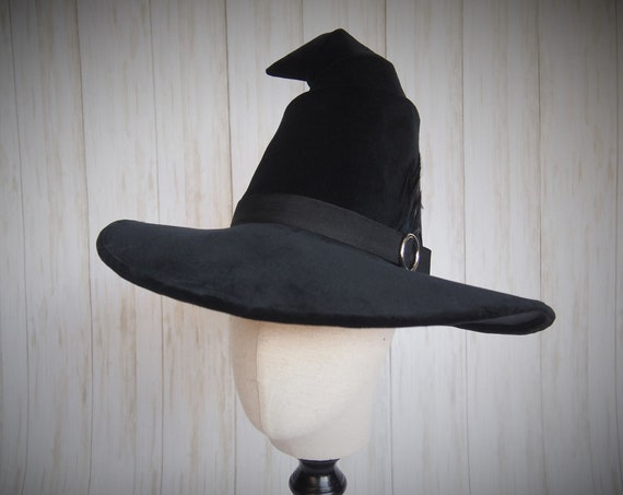 """Witch Hat """"Sirius"""""""