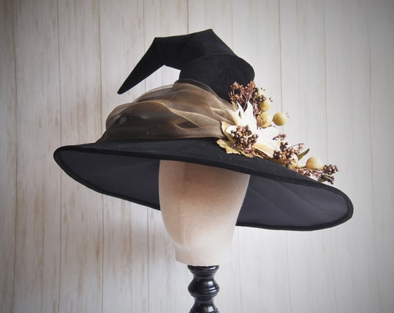 """Witch Hat """"Ghost Garden"""""""
