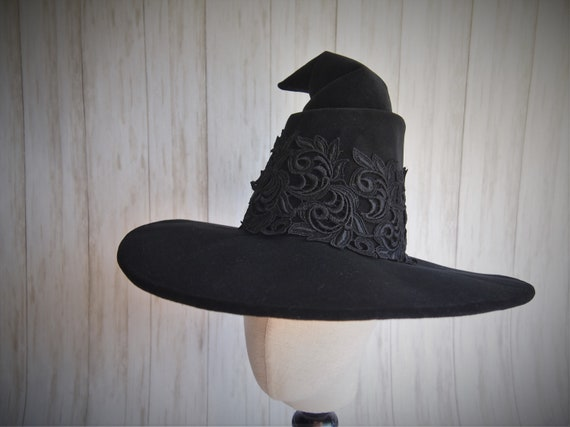 """Witch Hat """"Lacey"""""""