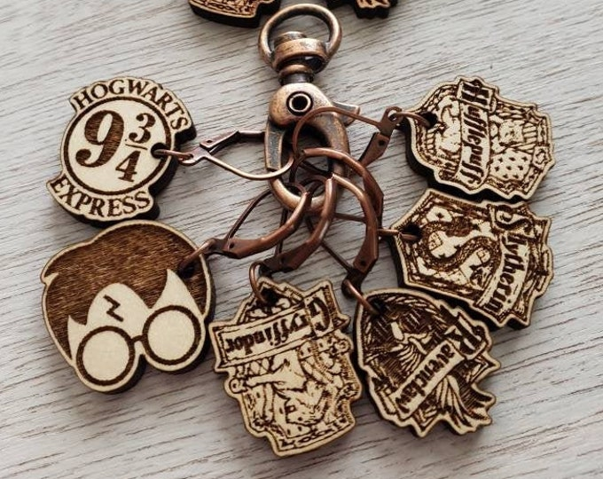 Featured listing image: Stitch Markers Wizard Six different HP Theme! Progress Marker! Bag Accessories! Crocheting place keeper! Set of 6! HP Wizard crochet holder