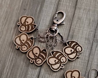 Stitch Markers Bee Progress Marker! Bag Accessories! Crocheting place keeper! Set of 6! Bees crochet holder! Bee Stitch Markers!