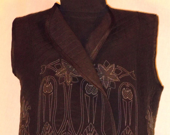 Black XXL quilted silk vest, original design machine embroidery. One of a kind