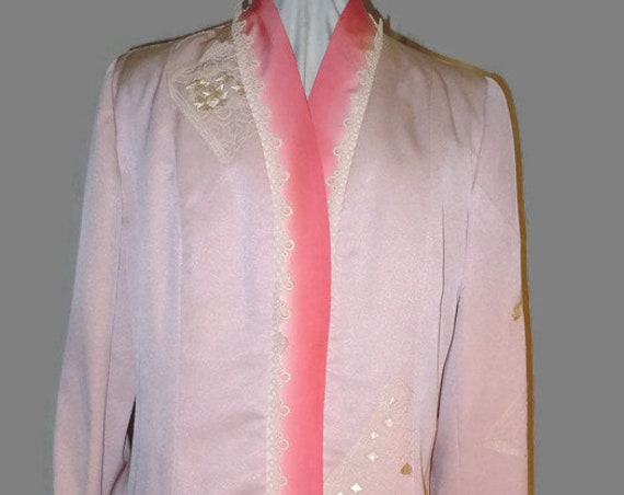 Silk jacket from vintage Japanese kimono. Dusty rose. Size medium. Hand embroidered.  One of a Kind