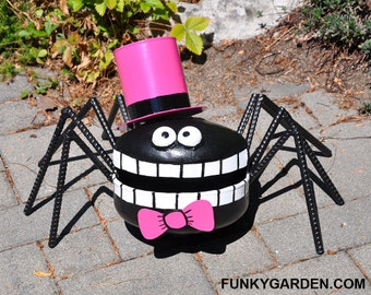 Dapper Propane Tank Spider