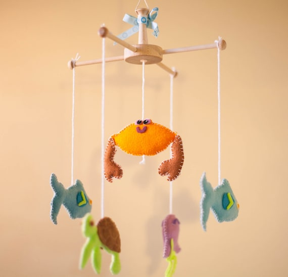Musical Mobile Unisex Baby Crib Mobile Colorful Gift for Baby Whale