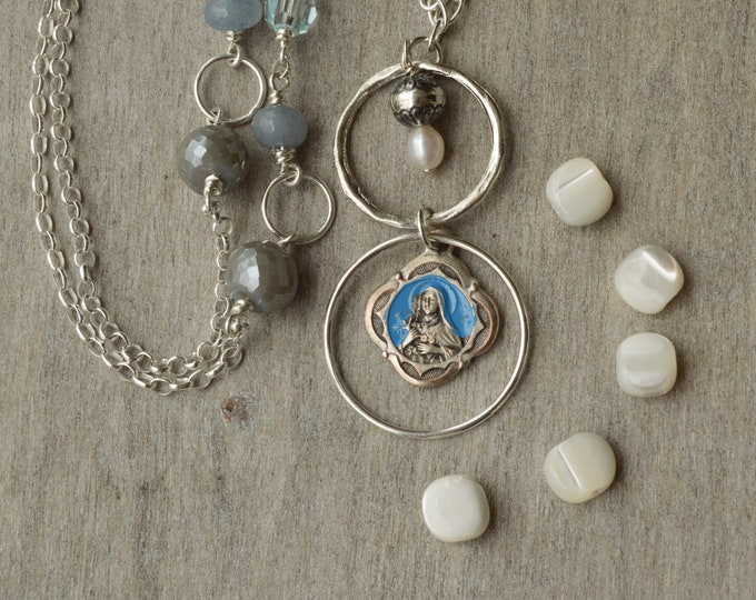 Religious Catholic necklace with vintage Saint Therese medal, Catholic gift for woman, Confirmation jewelry of the Little Flower