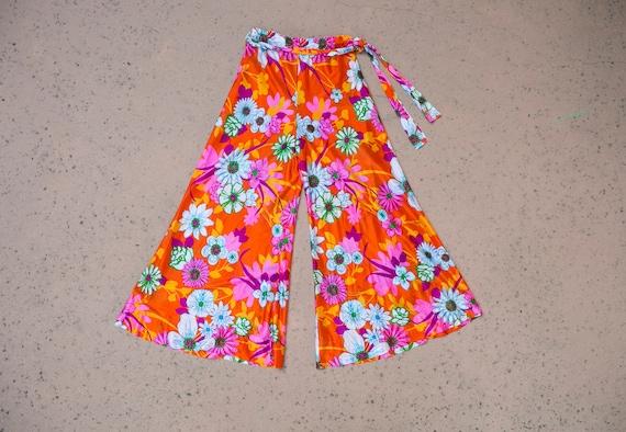 70's Floral Bell Bottoms, high waist, vintage, pol