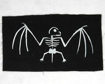 GLOW Backpatch *SkeletonBAT*, fluorescent