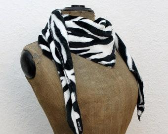 Winter Zebra Triangle Cloth - thick and fluffy