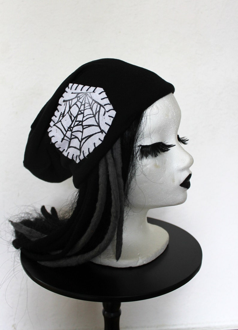 Beanie beanie hat spider web white lined UNIKAT image 0