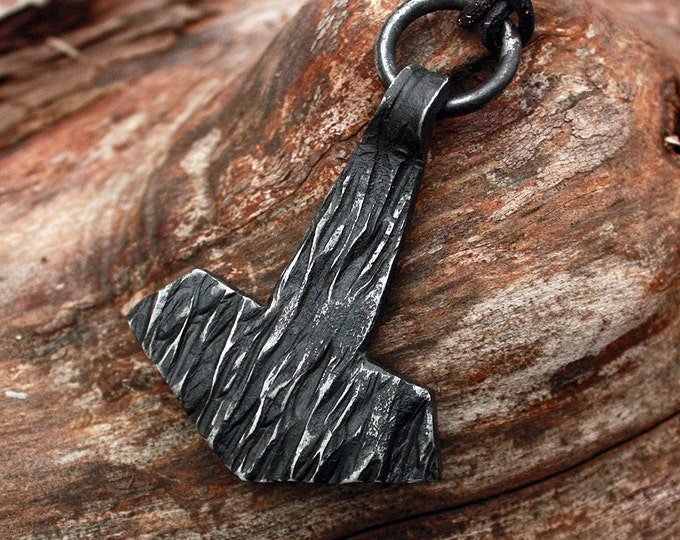 Forged Iron Viking Mjolnir Pendant Flat Wooden Texture Hand-forged Thor Hammer FM4