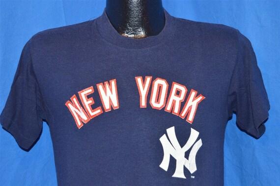 designer fashion 2ecce 012cf 80s New York Yankees Navy Blue Red Vintage t-shirt Small
