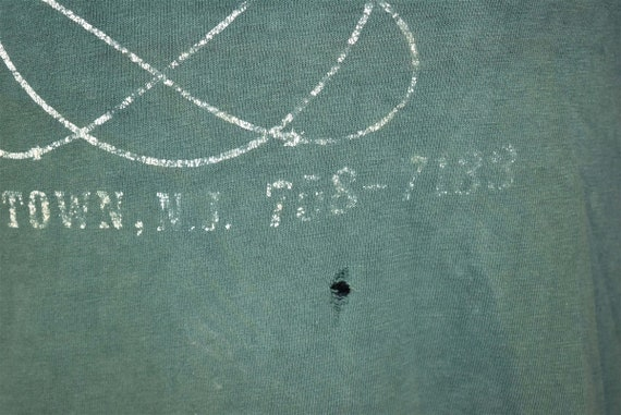 70s Satelite Lounge Distressed t-shirt Extra Small - image 3