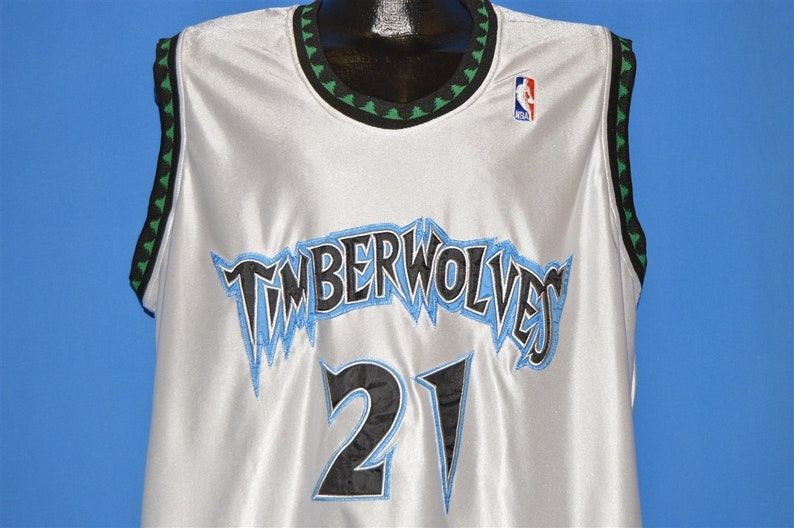 67b1594b7034 90s Minnesota Timberwolves Kevin Garnett Jersey t-shirt Medium