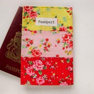 UK Children/'s Passport Holder in Pink Star fabric