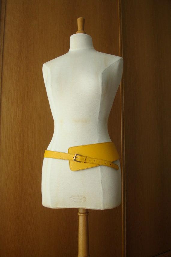 Vintage Furla Leather belt, Banana yellow statemen