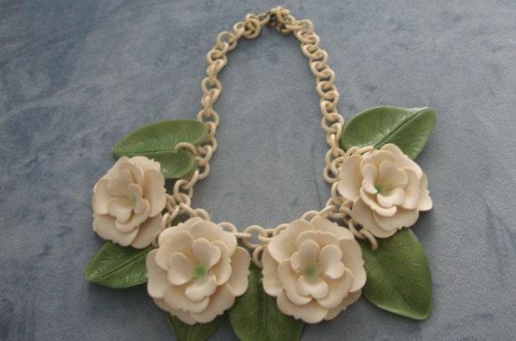 Vintage rare 1940s floral celluloid necklace 40s i