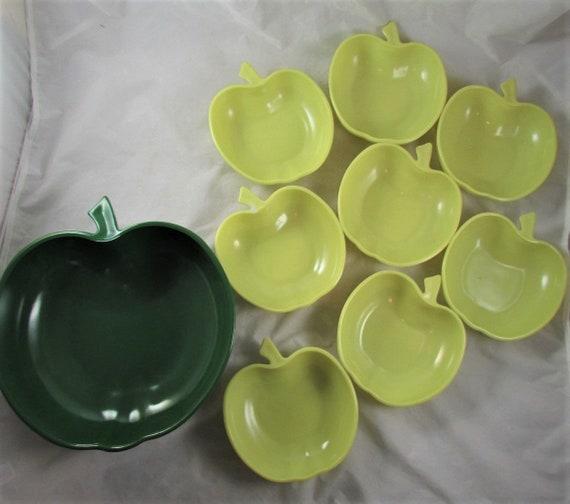 fruit bowls Hazel atlas apple serving bowls orchardware and 9 piece set 1 large bowl 8 small bowls dark green salad