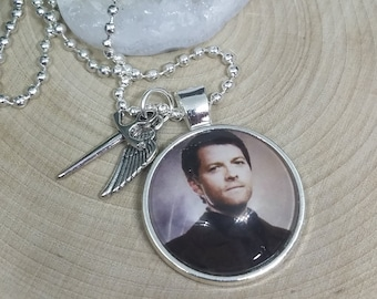 Castiel Angel Wing Necklace, Supernatural Photo Necklace, Destiel Angel Blade Supernatural Pendant, Supernatural Castiel Angel Necklace