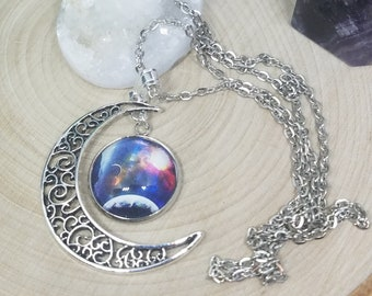 Silver SPACE And PLANETS Nebula Crescent Moon Pendant Necklace,Silver Moon And Stars Jewelry, Boho Costume Fashion Jewelry, Gothic Steampunk