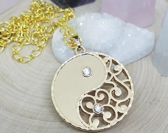 Yin Yang Necklace, Yin Yang Pendant Necklace, Yin Yang Pendant, Yin Yang Gold Disc Necklace, Yin Yang Disc Necklace, Yin Yang Gold Necklace