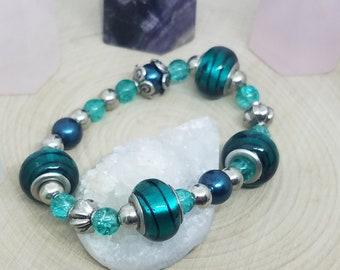 Green Boho Bracelet, Green Stone Bracelet, Green Heart Chakra Bracelet, Green Glass Jewelry, Green Chunky Bracelet