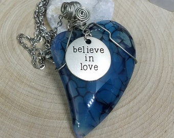Agate Slice Pendant Heart Necklace, Agate Pendant Necklace, Blue Lace Agate Goth Necklace, Raw Stone Necklace, Crystal Pendant Necklace