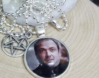 Supernatural Aleister Crowley Photo Necklace, Supernatural King Of Hell Demon Pendant, Crowley Sci Fi Pentagram Necklace, King Of Hell