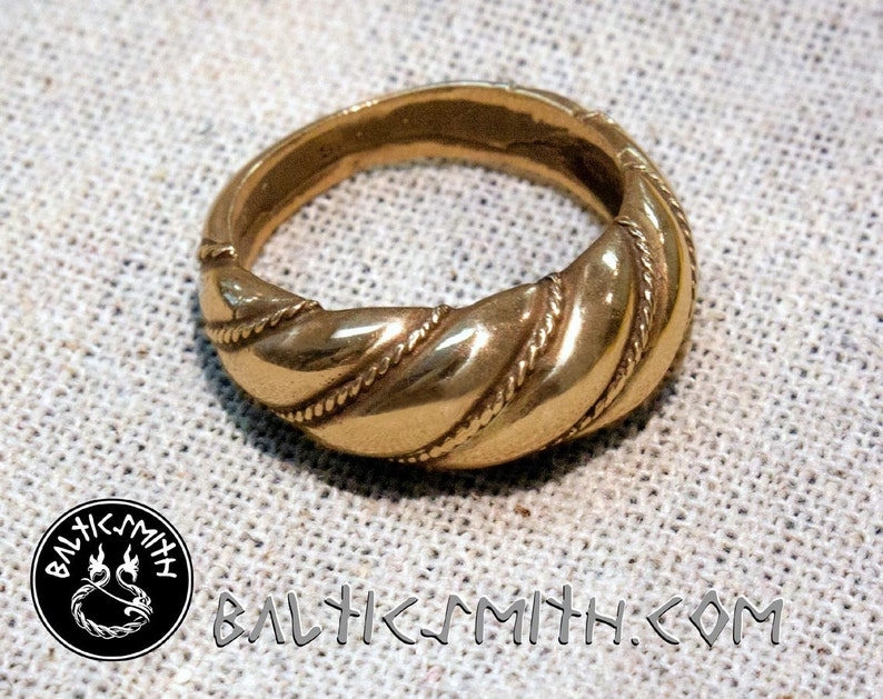 Viking Age Lithuanian Viesturs ring wide in bronze image 0