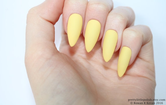 Stiletto Nails Matte Pastel Yellow Fake