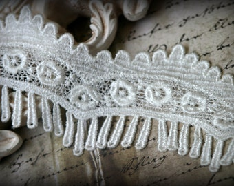 Tresors   Ivory Venice Lace for Bridal, Sashes, Gowns, Altered Art, Couture Design, Millinery, Crafting LA-014