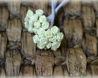 Tresors   Pack of 24 Metallic Yellow Shabby Chic Roses 8mm across PF-037