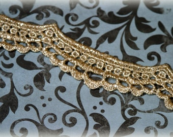 Tresors  Gold Venice Lace Trim for Altered Art, Costumes, Lace Jewelry, Headbands, Sashes, Sewing, Crafts LA-145