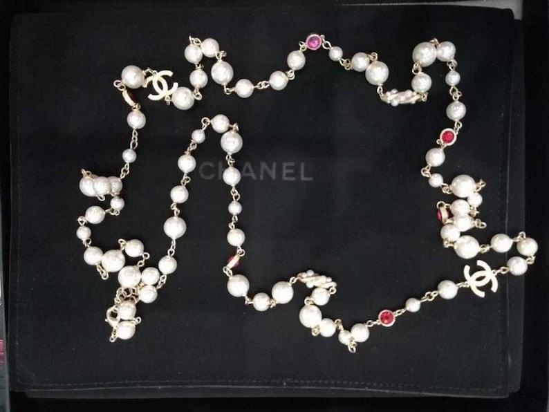 39118874f0cb4 Chanel sautoir, chanel cc necklace, long pearl necklace, chanel couture  necklace, pearl flapper necklace, vintage chanel MINT CONDITION