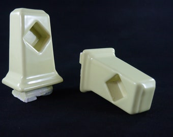 2 retro one Pair PORCELAIN Glossy Green Towel Bar Brackets Surface Mount New