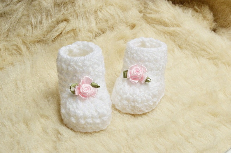 2bc8f0f43e3d7 Crochet baby white shoes gift White Baby Booties with soft pink roses new  baby girl shoes Baby shower gift First baby girls shoes photo prop