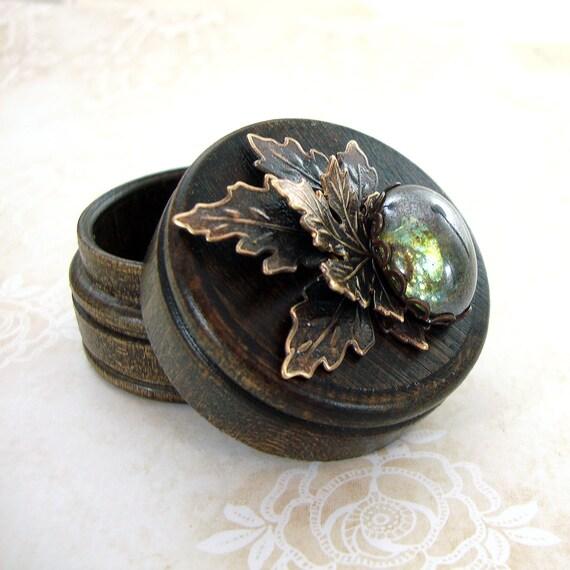 rustikale wald schmuck box holz ring box vintage stil etsy. Black Bedroom Furniture Sets. Home Design Ideas
