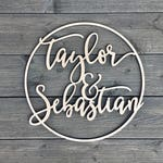 Personalized Circle Name Sign - Various Sizes, Wooden Name Sign, Custom Wedding Sign, Custom Name Sign, Wood Name Sign, Couples Sign Door Ar