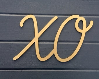 "XO Wall Sign 15""W x 9""H, Wooden Sign Kiss Wall Decor for Nursery Bedroom Kids Room Teen Room Laser Cut Wood Sign Valentines Decor"