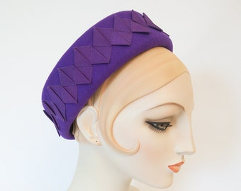 Royal Purple Pillbox Hat with Pleated Ribbon Trim. Women's Wool Hat. 1960s Style Headpiece. Vintage Style Violet Hat with Origami Ribbon.