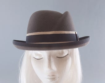 Women's Hat. Gray Fur Felt Homburg. Women's Fedora. Vintage Style Hat. Sculpted Crown, Navy & Beige Ribbon. Designer Millinery. Bowler Hat.