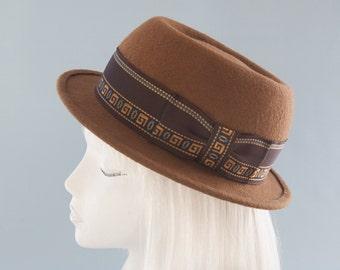 Tan Pork Pie Hat. Unisex Porkpie. Brown Wool Felt Hat with Vintage Greek Key Ribbon. Women's Fedora Hat. Jazz Hat. Handmade Millinery. OOAK.