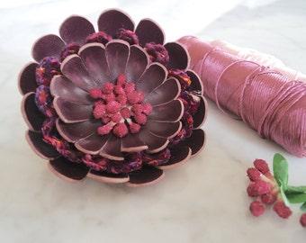 Daisy brooch, Leather flower brooch, Flower pin, Flower brooch, Flower corsage, Burgundy flower pin