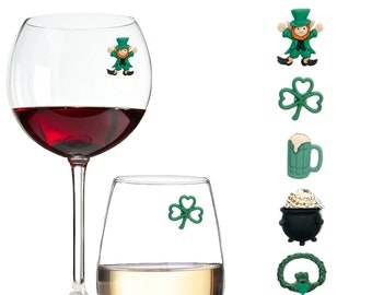 A Wee Bit Irish St Birthday Gift Irish Wine Glass Friend Gift Patricks Day Green Glitter Stem Wine Glass