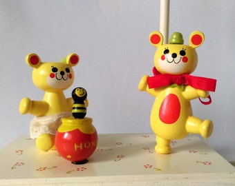 Vintage Lamp, Honey Bear Nursery Lamp and Music Box, Wooden Lamp for Nursery Decor, Red, Yellow and White, Nursery Lighting, Irmi-Style Lamp