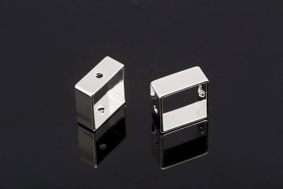 K695-60pcs-Rhodium Plated-10mm Square Ring