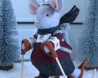 The joy of Winter - Mouse goes for a snowshoe walk - DIY kit